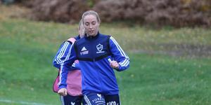 Pernilla Andersson fick se tvillingsyster Viktoria lämna finalmatchen på bår efter en otäck smäll.