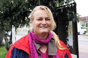 Christine Bagger är ledamot i kommunstyrelsen i Skinnskatteberg. Nu byter hon från Vänsterpartiet till Socialdemokraterna efter interna konflikter. Bild: Anders Jansson
