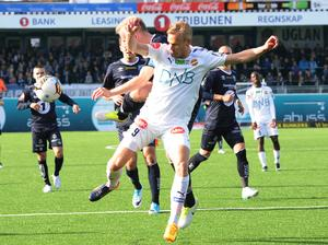År 2017 spenderade Engblom med Strømsgodset i norska högstaligan, och gjorde då 18 matcher i den norska klubben, men noterades inte för några mål.