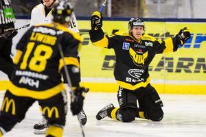 Mot Karlskrona fick Isac Skedung äntligen jubla igen. Foto: Tobias Sterner / BILDBYRN
