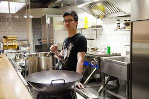 Liu Jie är en av de som driver den nya restaurangen tillsammans med Leo Lui.