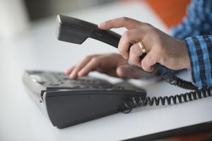 Heino Taaler förlorade sitt telefonnummer ha haft sedan 50 år. Foto: Fredrik Sandberg/TT