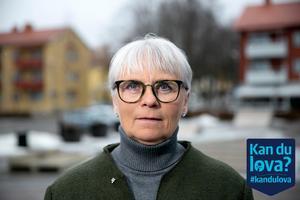 Oppositionsrådet Lotta Gunnarsson (M) tycker det är ganska enkelt att vara i opposition i Smedjebacken.