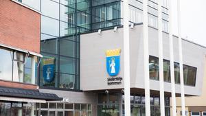 Södertälje stadshus arbetar med flera saker för att förbättra näringslivsklimatet, skriver debattören.