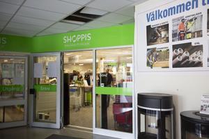 Efter konkursen har loppmarknaden fortsatt med verksamhet i samma lokal som tidigare.