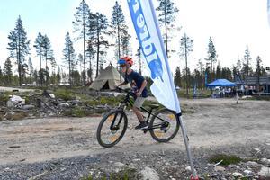 Frank Klein Pollhuis från Idre, testar Idre Fjälls stora sommaraktivitet cykling fast på Idre Himmelfjäll.