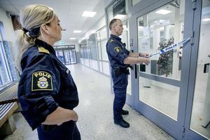 I oktober 2018 invigdes polisstationen i Vivalla. Insändarskribenten tyckar att den borde vara bemannad så att brottsligheten i området skulle få det lie svårare. Foto: Robban Andersson