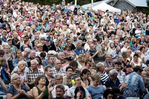 Arrangörerna vill att alla som besöker festivalen ska vara nöjda. Så här såg uppslutningen ut 2015.