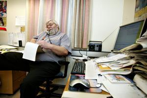 Jörgen Larsson på redaktionen i Sandviken när han jobbade som reporter på Gefle Dagblad. Bild: Arkiv
