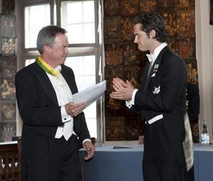 2011 fick Karl Hedin ta emot Kungliga Patriotiska Sällskapets näringslivsmedalj av prins Carl Philip. Foto Jonas Ekströmer