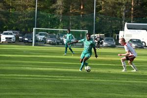 Skicklige innermittfältaren Mohammed Sadat Abubakari gjorde 3–1.