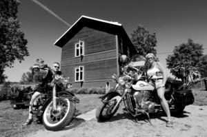 Ökar snabbt. Barken MC har fått långt fler medlemmar under sitt första år än vad Bosse Nilsson och Elisabet Höög i styrelsen kunde ana från början. I lördags höll de öppet hus i klubbstugan och många intresserade stannade till för loppis, fika och en rundtur.