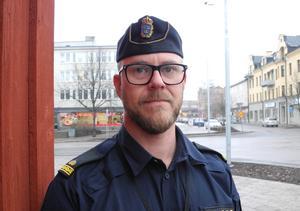Thomas Nordström vill se att polisen ökar sin närvaro i Krylbo.