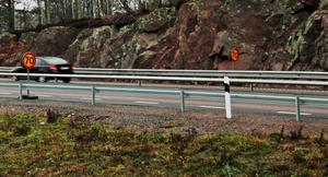 Hastigheten på riksväg 50 vid Skyllbergskorsningen har sänkts till 70 kilometer i timmen.
