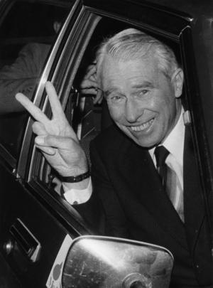 Moderaternas partiledare Gösta Bohman valnatten 1979. Hans parti blev med 20,3 procent störst i borgerliga blocket, som fick majoritet med ett mandat. Bohman valde ändå att låta Thorbjörn Fälldin (C) bli statsminister. Foto: Jan Collsiöö / SCANPIX.