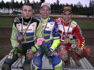 En 18-årig Andreas Jonsson överst på prispallen i Nordiska mästerskapen 1998.