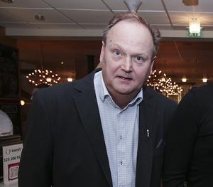 """Kent Engström kan glädja sig åt att en enig skara politiker i kultur- och fritidsnämnden """"köpte"""" hans förslag angående mottagare av Kobbanpriset."""
