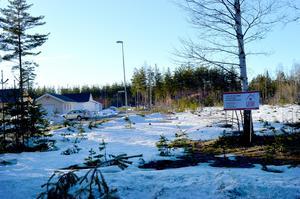 Här i kvarteret Folieraren i Gustafs planerar Sjötäktsvillan att bygga tre hus.