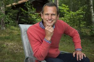 Rickard Sjöberg är programledare för Postkodlotteriet.