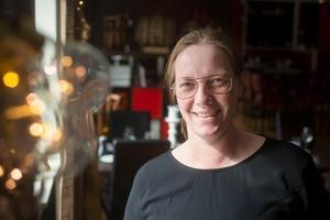 Alltid lyhörd för gästernas önskemål – därför nomineras Camilla Skoog till Guldtjädern.