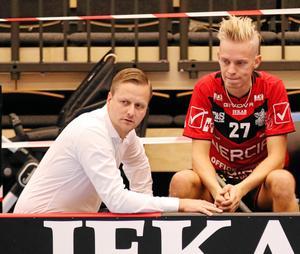 Gabriel Brandberg fick lämna tränaruppdraget i Örebro Innebandy.