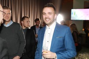 Petter Magnusson och resten av Järpen fick anledning att jubla när Niclas Brissman tilldelades JHFF:s specialpris under kvällen.