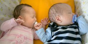 De stora 90-talistkullarna är nu i den åldern att de själva börjar få barn. Under det här årets fyra första månader har det fötts 103 nya nynäshamnare.