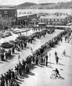 Stadsloppet 1959. Stadsloppet hade premiär 1919, bestod av ett antal sträckor inom stadens gränser, ofta som här över Stortorget.