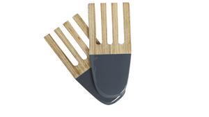 Kökets träredskap kan få nytt liv om de doppas i färg. Salladsbesticken kommer från House Doctor och kostar cirka 170 kronor.