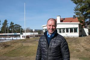 I den bästa av världar kan den nya banan vara färdig till 2023, menar Niclas Olofsson.