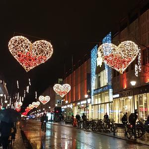 Vasagatan i regnig vacker vinterskrud. Foto: Gunilla Blomér