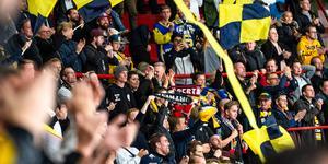 Södertäljefansen under en match i Scaniarinken mot Leksand tidigare i höst. Bild: Simon Hastegård/Bildbyrån