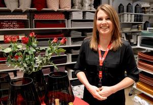 Butikschef Anna Morelius på H&M på Kupolen tycker det ska bli spännande att få öppna H&M Home på torsdag.
