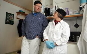 Efter en mycket lång process öppnade Johan Borg och Nina Lindunger Korvfabriken.