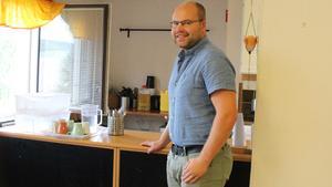 – En av Tjärna ängars utmaningar är trångboddhet. Det måste till fler bostäder i Borlänge,  säger Christian Kaddik, ordförande i föreningen Tjärnkraft.