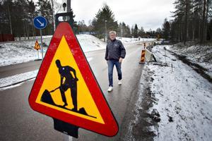 Lars Severin är överförtjust att arbetet med rondellen är startad.