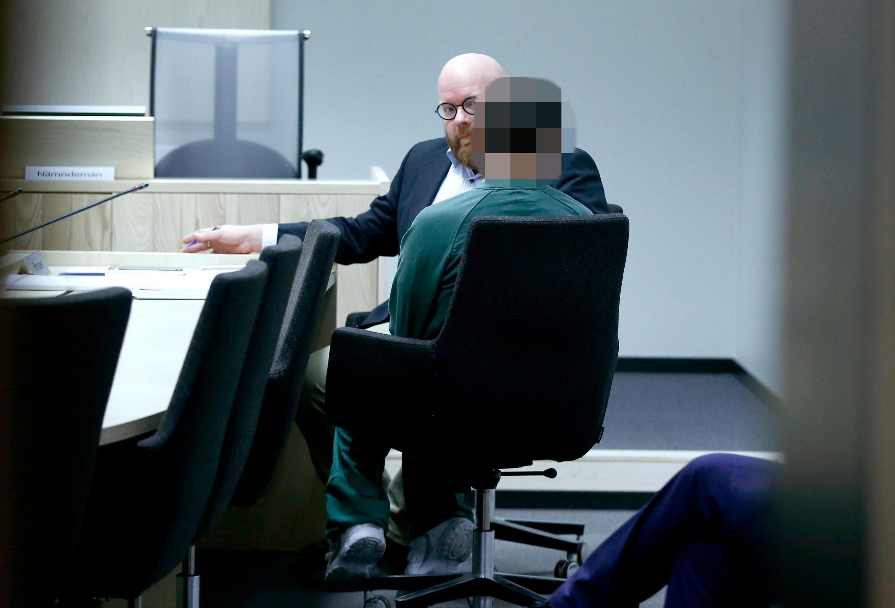 Haktad for overgrepp mot dotter 3