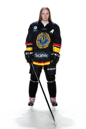 Foto: Lars-Åke Johansson/Södermanlands  Ishockeyförbund. Alva Zentio.