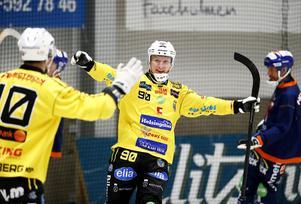 Jonas Engström är ytterligare en anfallare i Broberg i målform.