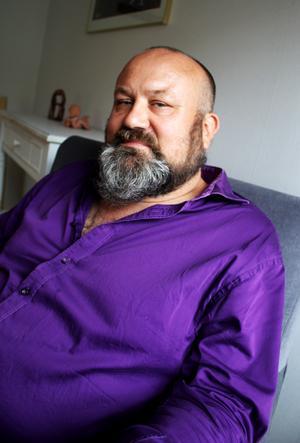 Markus Erosson, socionom, legitimerad psykoterapeut och handledare och lärare i psykoterapi, arbetar på PsykoterapiCentrum i Västerås.