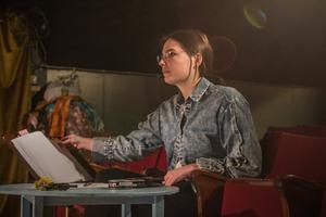 Regissören Victoria Hunter.