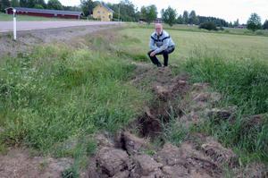 Sören Landenberg ska inte ha någon fiber, men vill gärna ha sin tomt återställd efter att fibern lagts över hans mark.