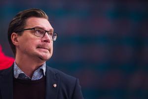 Björn Hellkvist är missnöjd med bortaspelet, att spelarnas mentala tillstånd i inledningarna av matcherna inte är så kaxigt som han önskat. Bild: Dennis Ylikangas/Bildbyrån