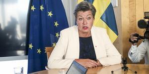Ylva Johansson blir ansvarig för migrationsområdet inom EU-kommissionen, och skall nu försöka få till stånd den gemensamma flyktingpolitik som den svenska S-MP-regeringen har strävat efter. Inget talar för att hon kommer att lyckas. Foto: Wiktor Nummelin, TT.