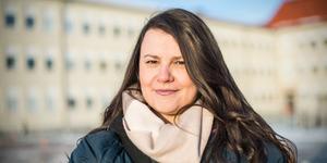 """""""Systrar, det är återigen dags att vi tar kampen och visar vägen för en mer jämställd och inkluderande värld"""", skriver Blerta Krenzi, ordförande S-kvinnor Avesta. Foto: Tobias Ahlén"""