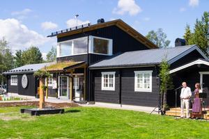 Den tidigare turistbyrån har renoverats och byggts ut. Nu finns också ett loft med utsikt mot Sonfjället.