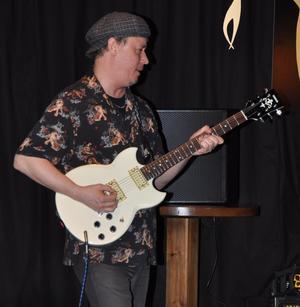 Kurt Rosenwinkel med sin Yamaha i