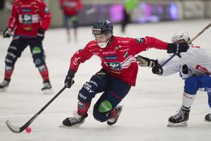 Tuomas Määttä var svårstoppad för Vänersborgs försvar, särskilt med turbon påkopplad efter paus.