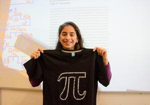 176 decimaler, så många lyckades fjärdeklassaren Elifnaz Ak rabblad i Pifilologi-tävlingen, som Fjällängsskolan höll för att uppmärksamma internationella pi-dagen.