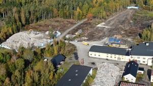 En flygbild över den ifrågasatta nystartade verksamheten i Röfors.